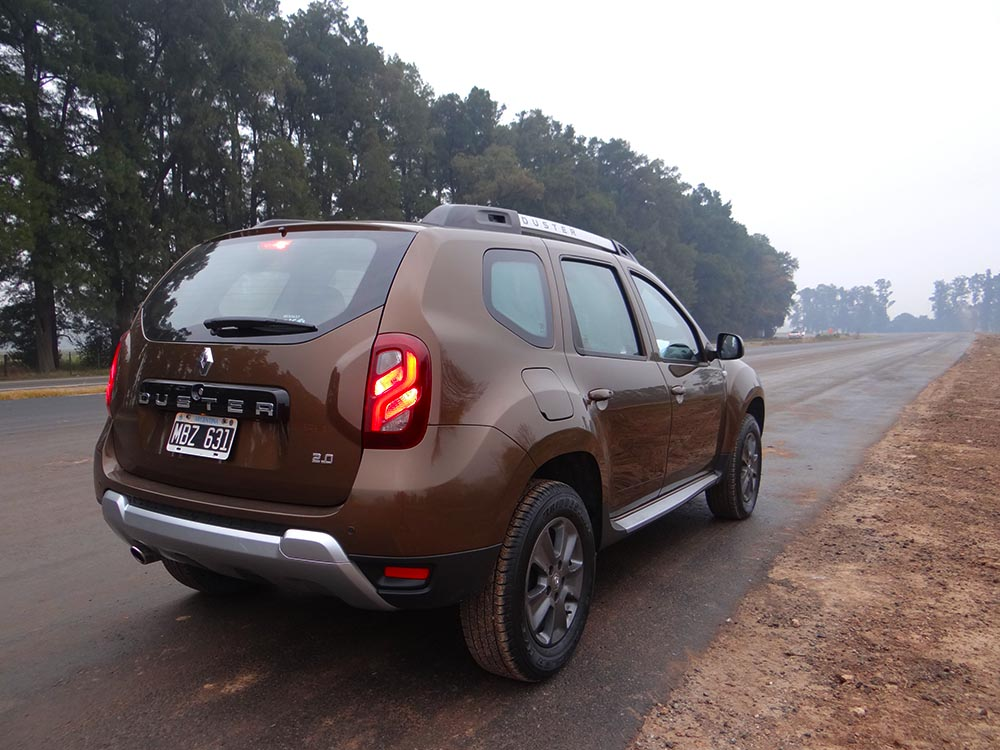 Super Test Renault Duster Phase II 4X4  NIEVE - Informe Automotor 4c675985d2a